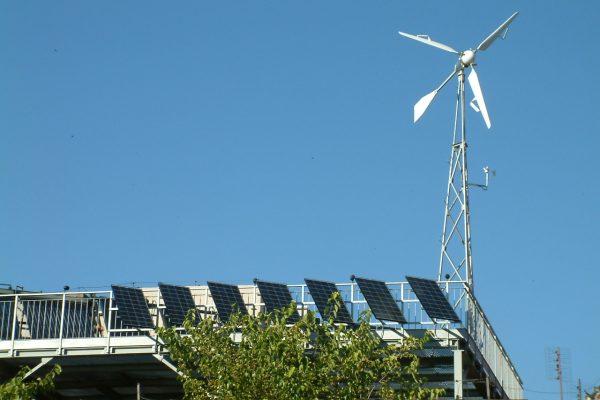 System PV + elektrownia wiatrowa Szkoła Słoneczna Bielawa